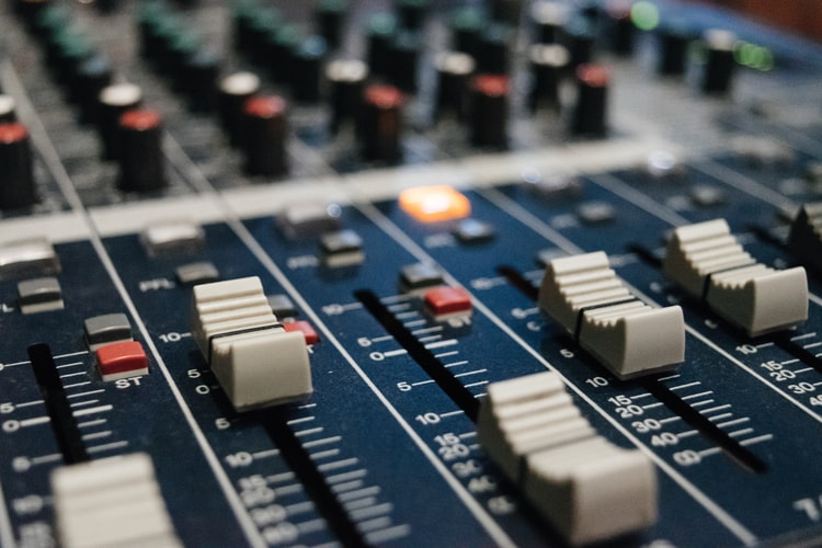 karaoke mixer amplifier buying guide